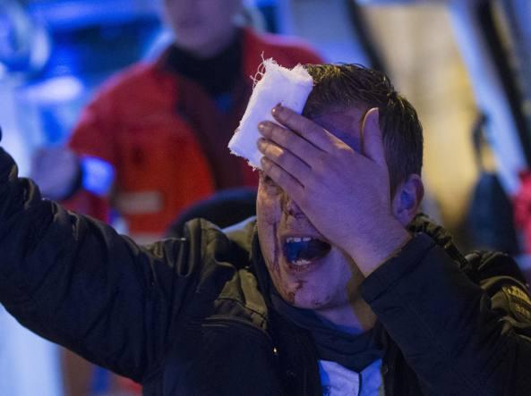 Scontri tra ultras, arrestati 22 tifosi del Feyenoord giunti a Roma per la partita di Europa League