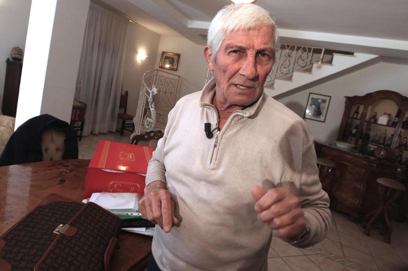 """Camorra, morto di infarto Carmine Schiavone, primo pentito del clan dei Casalesi. Diceva spesso: """"Quando muoio andrò di fronte all'unico che ha titolo di giudicarmi"""""""