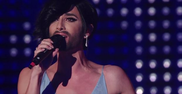 Sanremo fa il pieno di ascolti anche nella seconda serata, superati i 10 milioni di telespettatori. Conchita Wurst fa registrare il picco di share