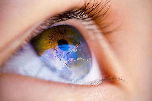 Medicina, è 'Made in Italy' il primo farmaco al mondo a base di staminali. Restituirà la vista a pazienti con gravi ustioni della cornea