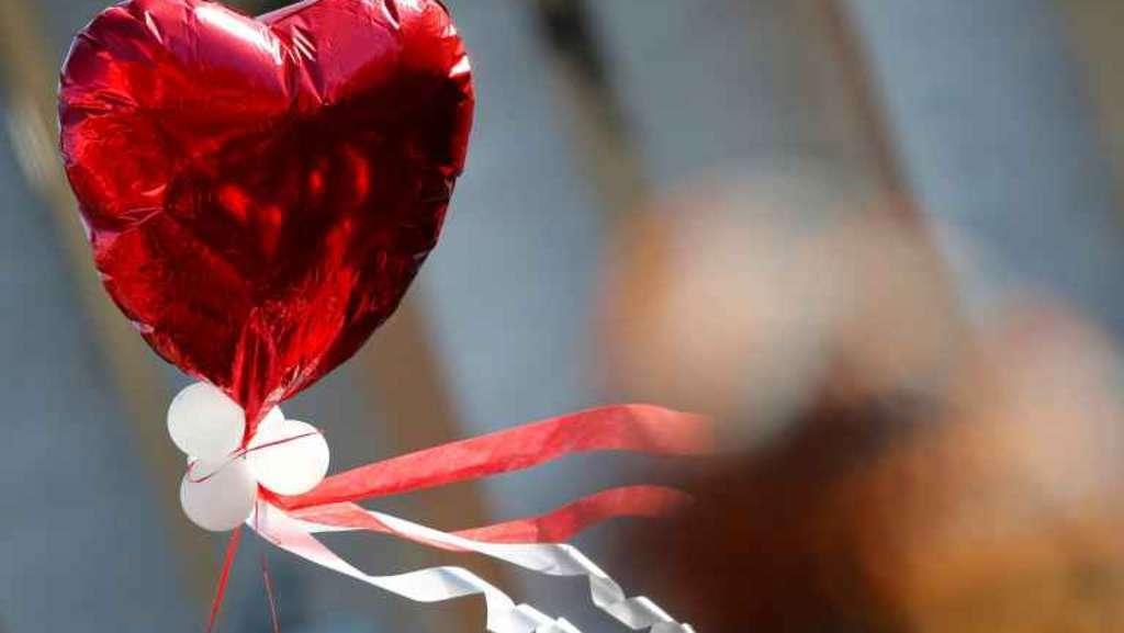 San Valentino 2015, regna la spending review. Il 19% degli italiani regala solo fiori, il 51% non regala nulla