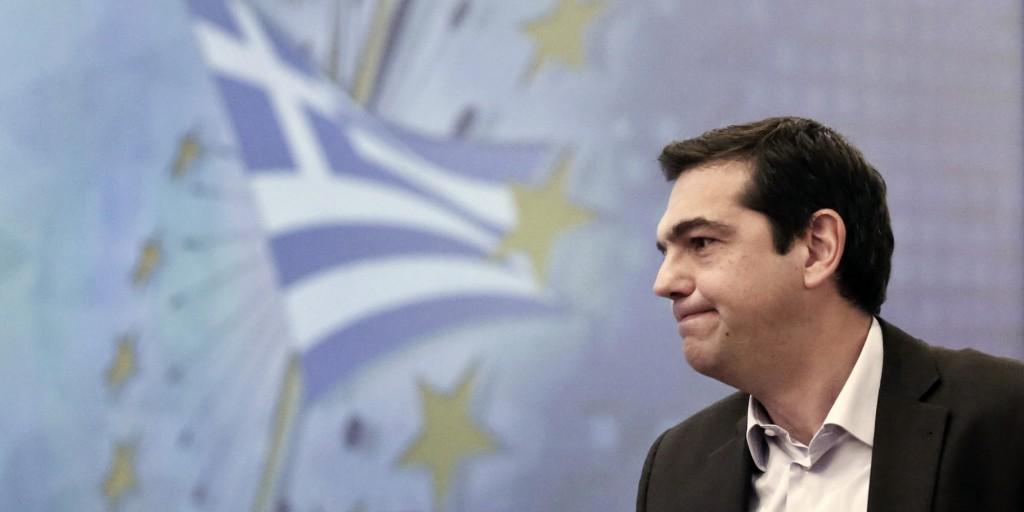 Bruxelles, Tsipras consegna la lista di riforme che la Grecia intende fare, il pacchetto deve essere approvato dai Membri dell'Eurogruppo