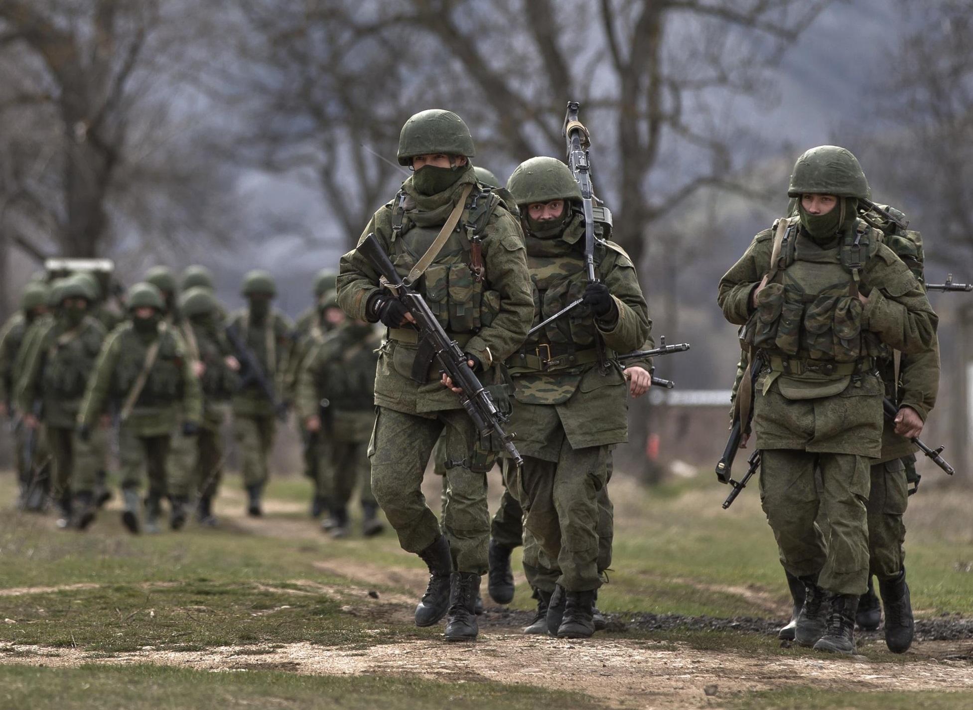 Situazione Ucraina, continuano le polemiche tra Russia e America. Oltre 600 militari russi hanno iniziato esercitazioni in Crimea
