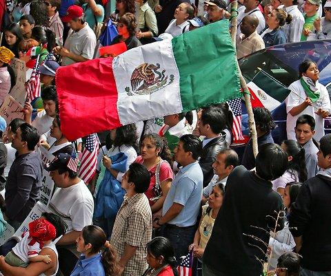 """""""Viva Mexico"""", the demographic shift in Corona (Queens)"""