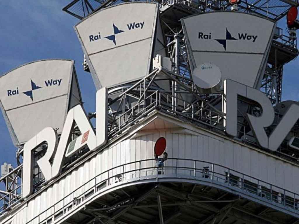 """Acquisizione torri Rai Way, la Consob blocca l'Opas di Ei Towers: """"Vogliamo ulteriori chiarimenti"""""""