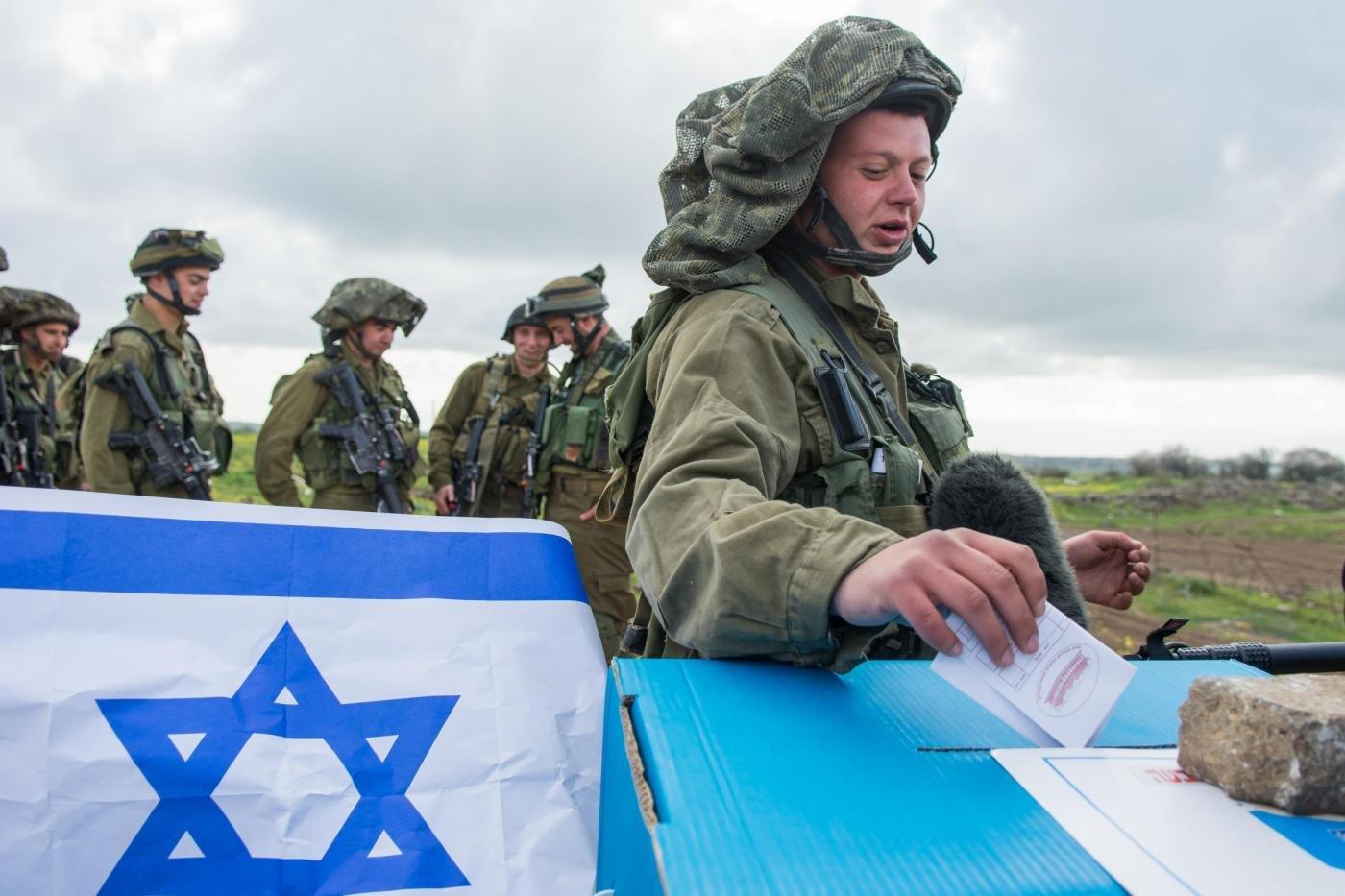 Israele, sei milioni di persone al voto per formare il nuovo Parlamento e per scegliere un nuovo Primo Ministro. Testa a testa Netanyahu-Herzog