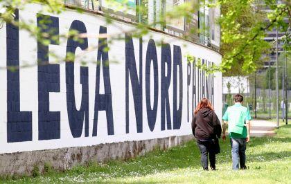 Reggio Emilia, indagati 48 esponenti della Lega per appropriazione indebita aggravata. Il totale dei rimborsi contestati è di 250.000 euro