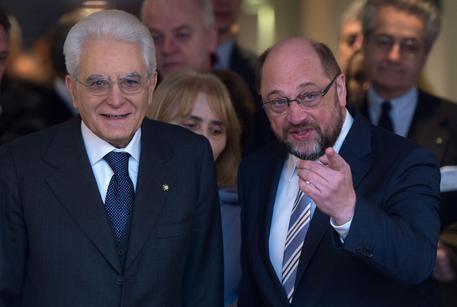 Parlamento europeo, Mattarella incontra Schulz. Il presidente dell'Europarlamento loda l'Italia per le riforme avviate in tempi brevi
