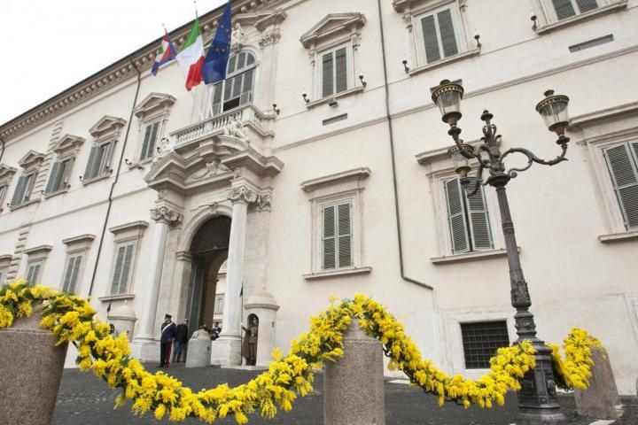 """8 marzo, Mattarella ringrazia tutte le donne: """"Senza di voi l'Italia sarebbe più povera e più ingiusta"""""""