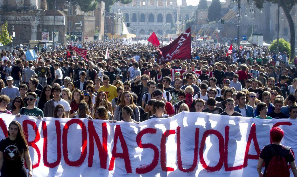 Studenti contro la riforma della scuola, manifestazioni e cortei in moltissime città italiane