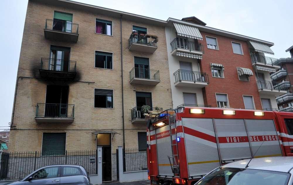 Torino, donna anziana muore in un incendio, il marito si lascia morire con lei