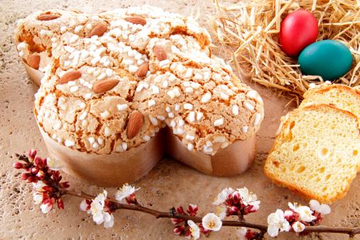 Pasqua 2015, gli italiani all'uovo preferiscono la Colomba. La mangeranno sei persone su dieci