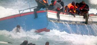 Tragedia nel Canale di Sicilia, barcone di migranti affonda: si temono 700 morti. Recuperati 49 naufraghi. Vertice a Palazzo Chigi