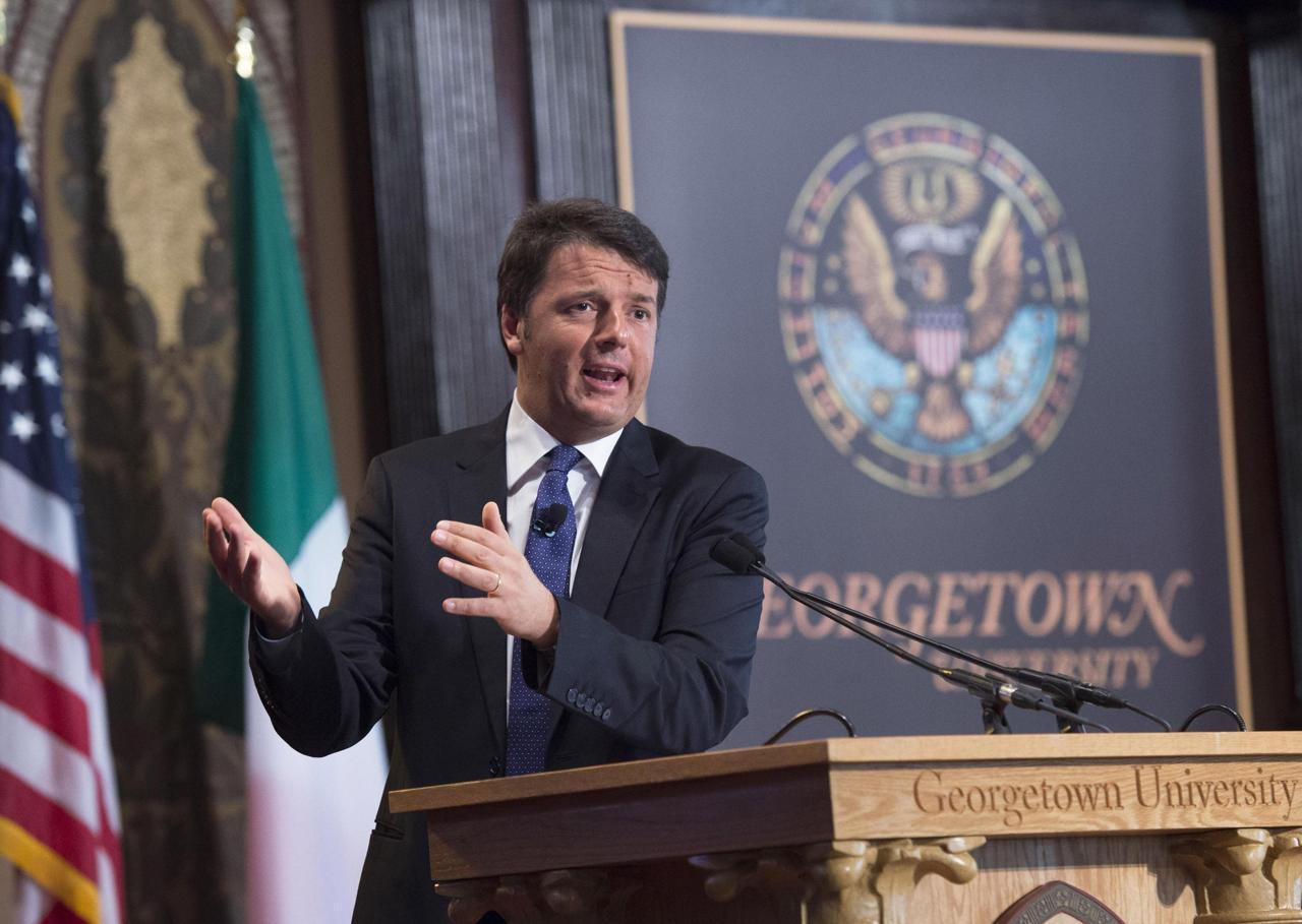 """Renzi alla Georgetown: """"L'Italia può essere il luogo del futuro. E' stata una bella addormentata noi siamo qui per svegliarla"""" Oggi alla Casa Bianca"""