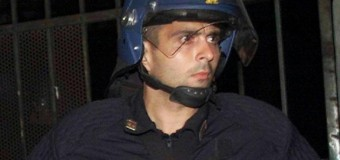"""Sospeso l'agente Tortosa per i commenti choc sulle violenze alla Diaz, rimosso il dirigente della Mobile di Cagliari per il click su """"like"""""""