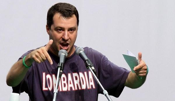 """Salvini pensiero choc: """"I campi Rom? Un preavviso di di sfratto di 6 mesi poi li raderei al suolo"""" Laura Boldrini: """"Inquietante"""""""