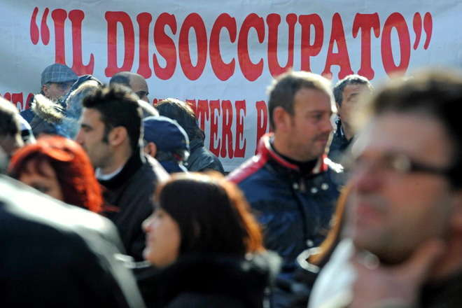 Job Act, scatta da oggi Naspi il sussidio per chi ha perso il lavoro. Tetto massimo di due anni e 1.300 euro al mese