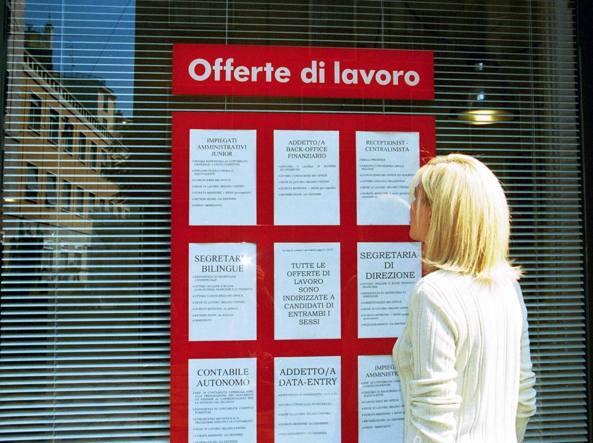 """Lavoro, 159 mila occupati in più ad Aprile. La disoccupazione in calo anche tra i giovani e al Sud. Renzi: """"Avanti tutta"""""""