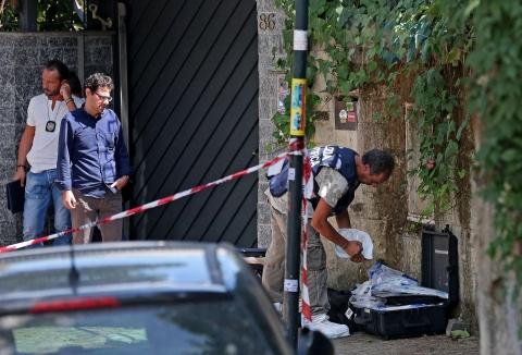 Orrore a Milano, donna di 51 anni uccisa e decapitata da un trans. La testa gettata nel cortile