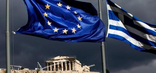 Grecia, conto alla rovescia: il Parlamento approva il referendum per il 5 luglio. La Bce non tagli i fondi, corsa ai bancomat