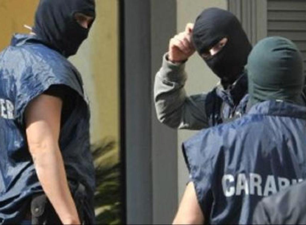 Mafia capitale, nuove perquisizioni e altri indagati tra cui il sottosegretario all'Agricoltura Castiglione (Ndc) e l'ex assessore di Alemanno Marco Visconti