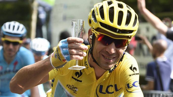 Tour de France, impresa di Vincenzo Nibali nella 19esima tappa. Il siciliano ora torna in corsa per il podio finale