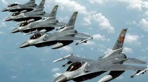La Turchia dichiara guerra al terrorismo: bombardate le basi Isis. Maxi operazione in 26 Province con 5 mila agenti: arrestate 300 persone