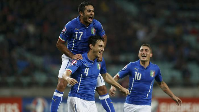 """L'Italia batte l'Azerbaijan (3-1) e vince il pass per gli Europei 2016. Conte: """"Poteva sembrare semplice ma di facile non c'e' niente"""""""