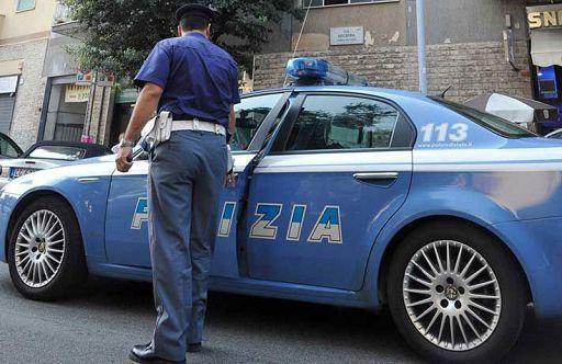 Droga,sesso e corruzione: arrestati tre agenti del commissariato di Caserta: fornivano coca a clienti e facevano sesso con prostitute fermate