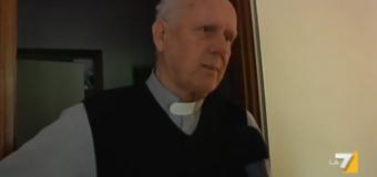 """Trento, prete shock: """"La pedofilia posso capirla, l'omosessualita' non lo so"""". A Don Gino Flaim revocati gli incarichi nella parrocchia"""