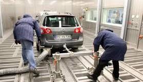 Verona, perquisizioni della Guardia di finanza alla Volkswagen: indagati alcuni manager. Perquisizioni anche alla Lamborghini