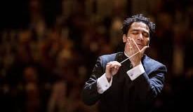 Auditorium, tris di compositori per la direzione del colombiano Orozco-Estrada. Magistrale performance dell'orchestra ceciliana