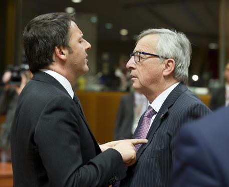 """Si accende lo scontro Roma-Bruxelles, Juncker: """"a Roma mancano interlocutori"""" Renzi replica: """"Se ne facciano una ragione, l'Italia e' tornata"""""""
