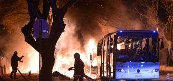 """Ankara, nuovo attentato: autobomba contro convoglio militare. Uccisi 28 soldati, 61 feriti. """"Un atto di terrorismo"""""""