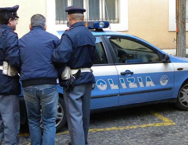 Maxi blitz contro la cupola del crimine sardo: arrestate 23 persone. Trecento agenti per smantellare un'organizzazione para-militare