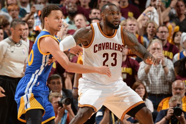 Febbre NBA, i Cleveland Cavaliers di Lebron James affrontano i Golden State Warriors di Stephen Curry. Appuntamento ad Oakland
